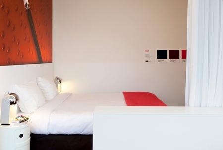 pantone hotel