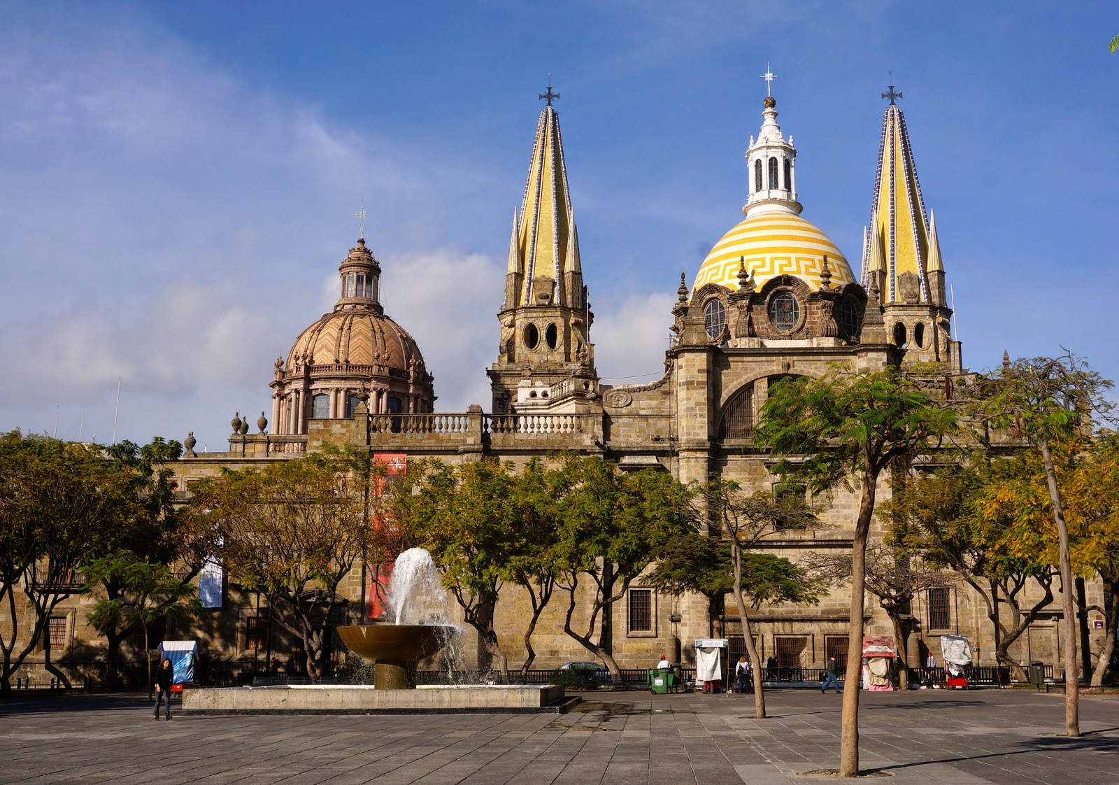 why is mexico city in peril essay One summer many years ago my mother took me, at age 11, to mexico city from los angeles to meet my mexican relatives for the first time this was quite a shock.