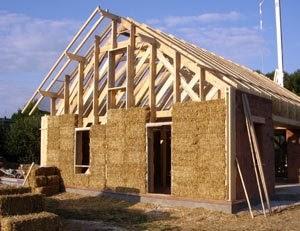 Kpakpato immobilier construction de maison en paille - Maison en paille porteuse ...