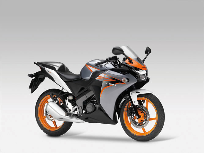 2011 Honda CBR125R Sportsbike