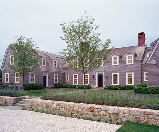 Calling it home nantucket style mix chic for Nantucket shingle style