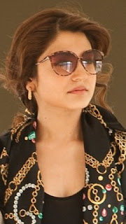 Latest Hot Showing ANUSHKA SHARMA HOT PICTURE GALLERY Navel