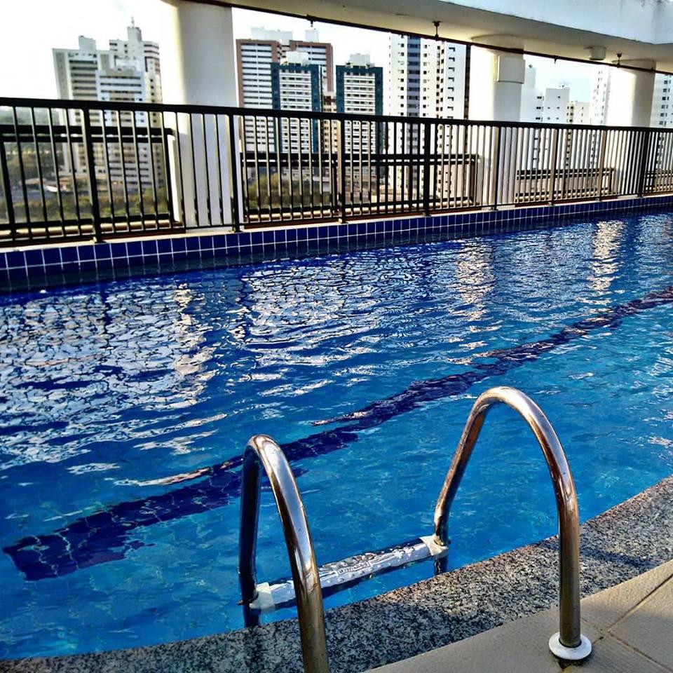 Vlog hotel tulip inn feriad o anivers rio do namorado for Vlog in piscina