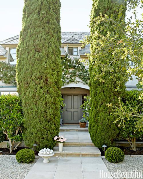 Neutral traditional home tour michaela noelle designs for Xd garden design