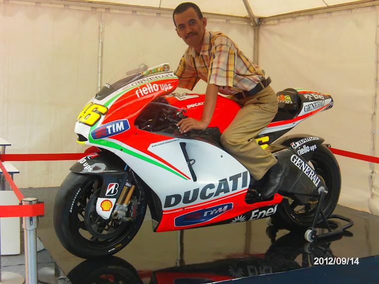 MOTOR BALAP