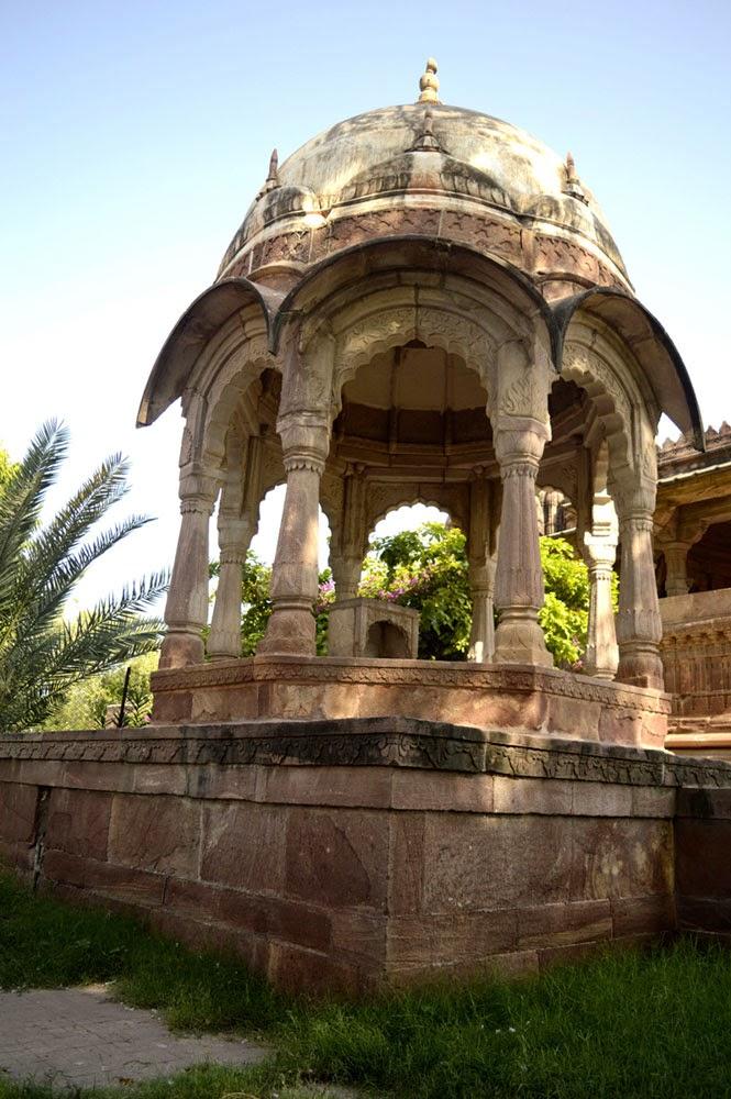 Mandor temple photo
