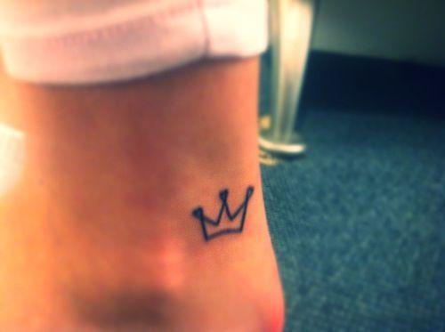 tatuajes de coronas peque as de reinas belagoria la. Black Bedroom Furniture Sets. Home Design Ideas