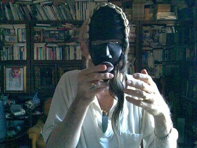 con maschera dan