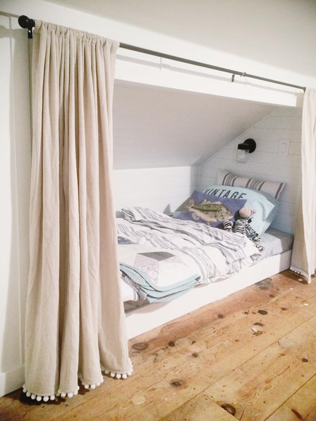 Redbirdblue a very quick attic update for Eaves bedroom ideas