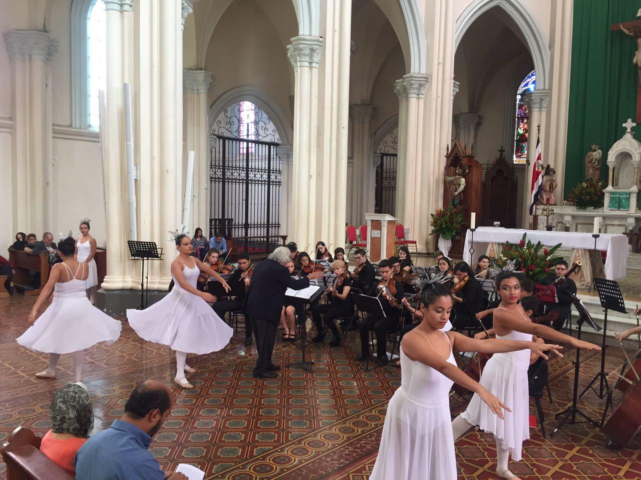 Orquesta Juvenil EMAI y Elenco Estable (danza) EMAI