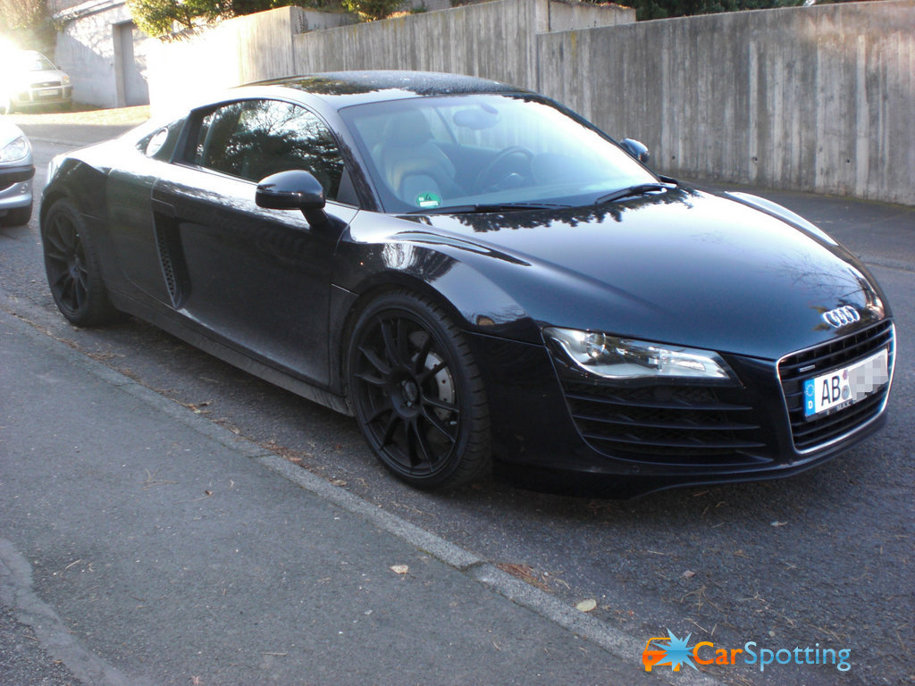Black Rims for Audi http://my-audicars.blogspot.com/2011/07/audi-r8-black.html