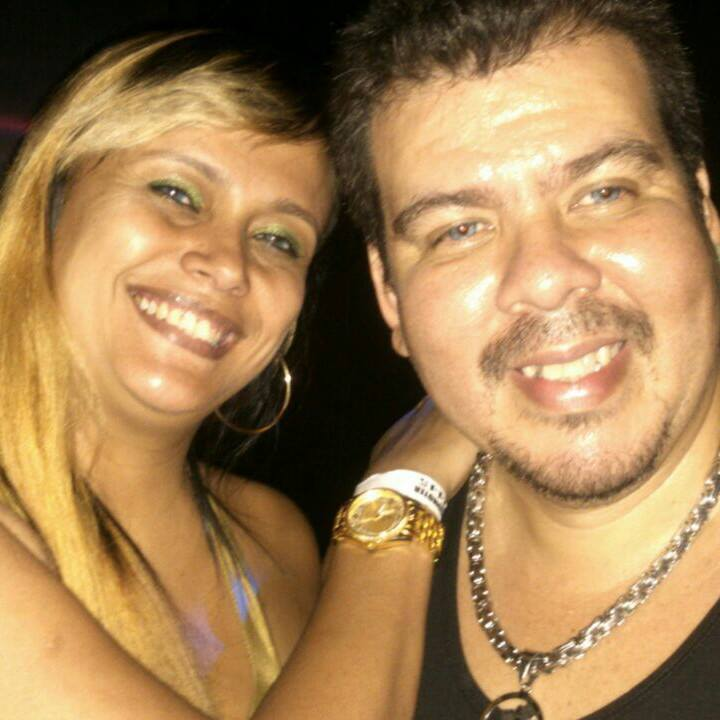 Casal Alma Gemeas festas no facebook clique na foto