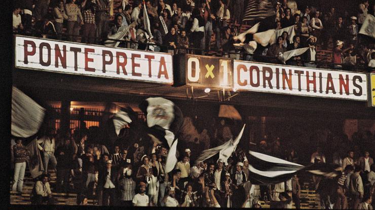 Ponte Preta x Corinthians pela final do Paulistão de 1077. O fim da fila de títulos.