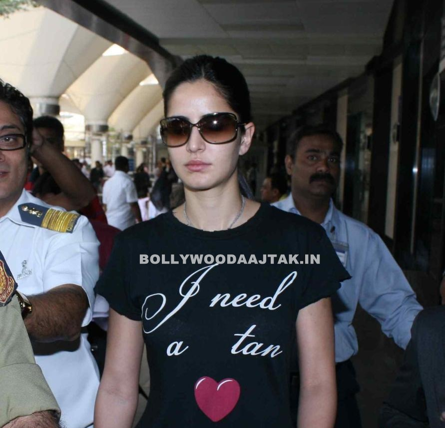 1 - Malai Katrina Kaif Snapped At Airport