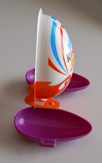 juguete de regalo de kinder joy