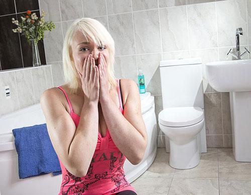 KETAKUTAN Ney kepada tandas bermula sejak dia melihat satu daripada adegan filem Look Who's Talking Too pada 1990.