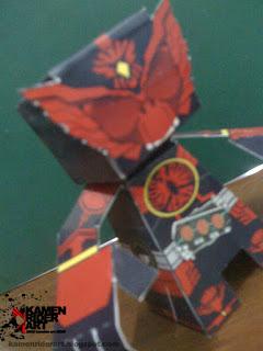 kamen+rider+ooo+tajadoru+papercraft.JPG
