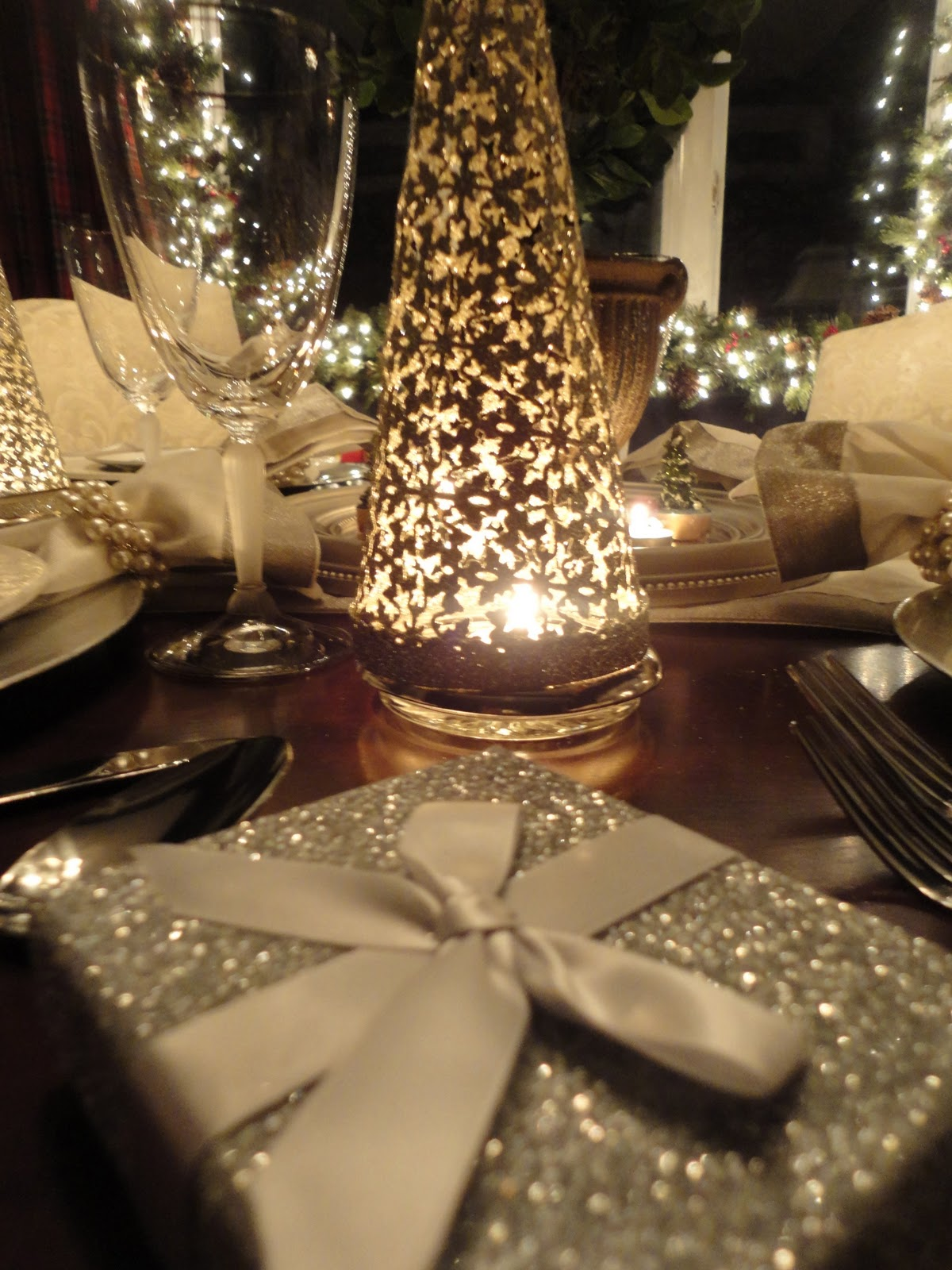 Ralph Lauren Christmas Dining