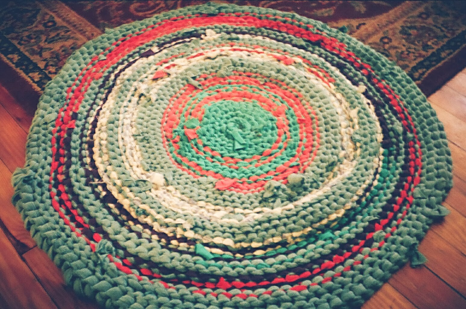 Crocheting A Rug : Rug+Crochet+Hook Tuesday, December 3, 2013