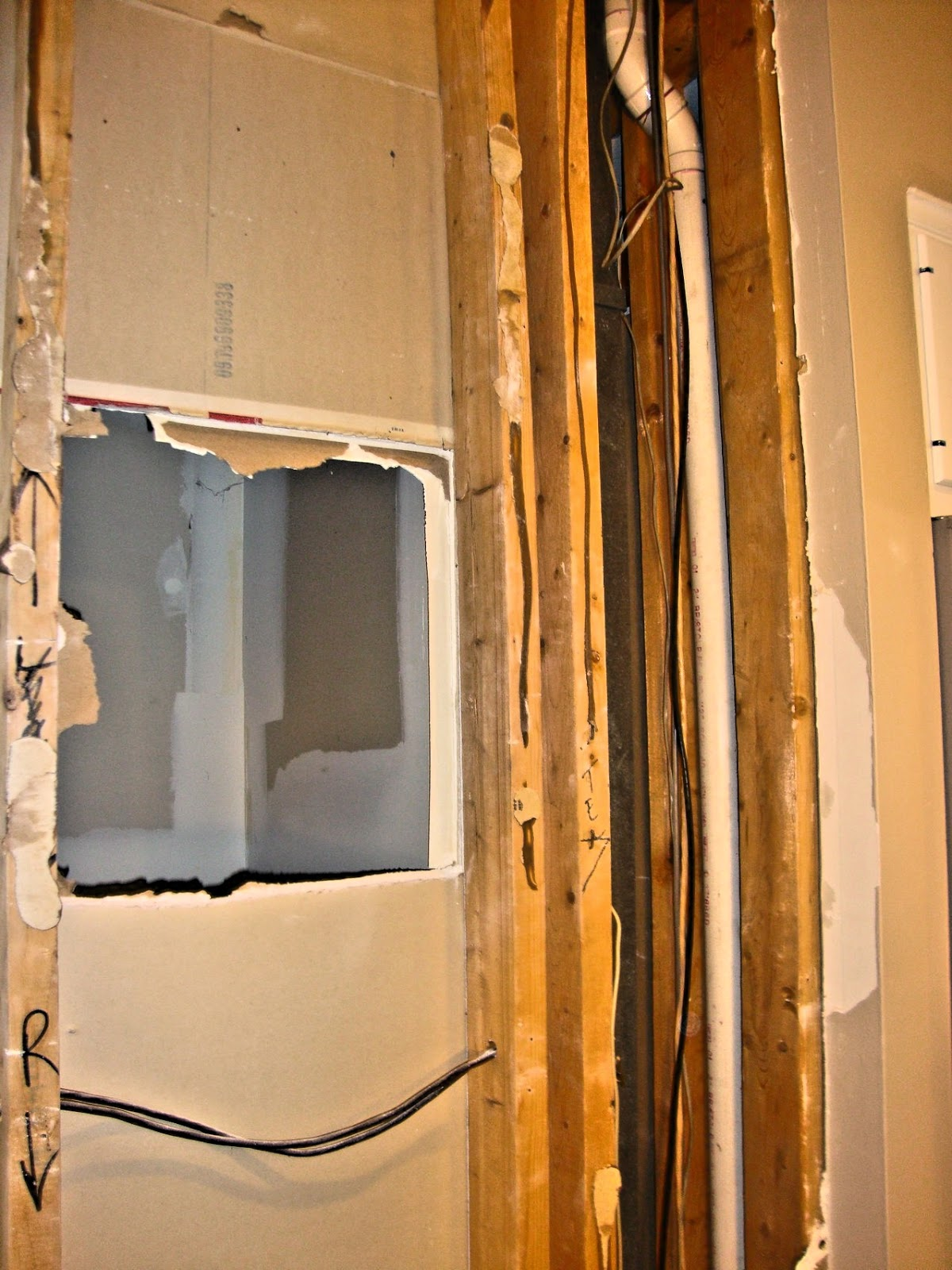 Old House Renovation Methods September 2014 Electrical Wiring Outer Drywall Ripped Off That Is Inner Like A Phone Booth Sized Room