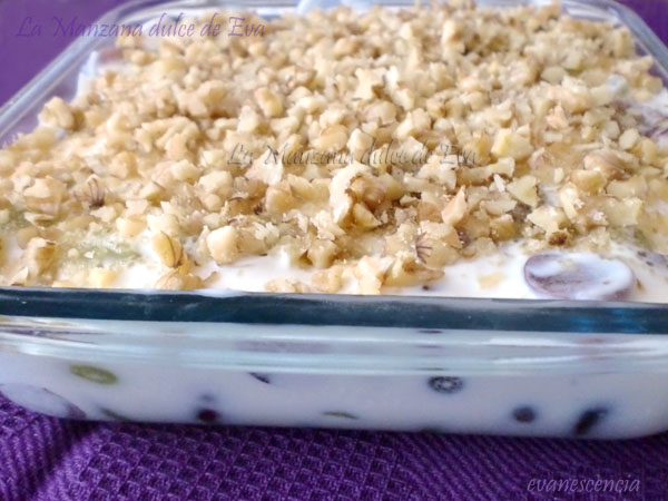 postre cremoso de uvas - creamy grapes dessert