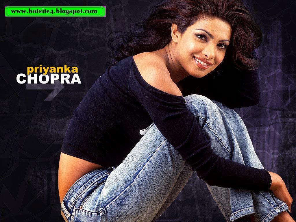 Priyanka Chopra Look Sexy 2014