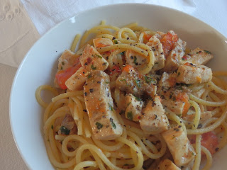 Spaghetti with tomatoes and swordfish