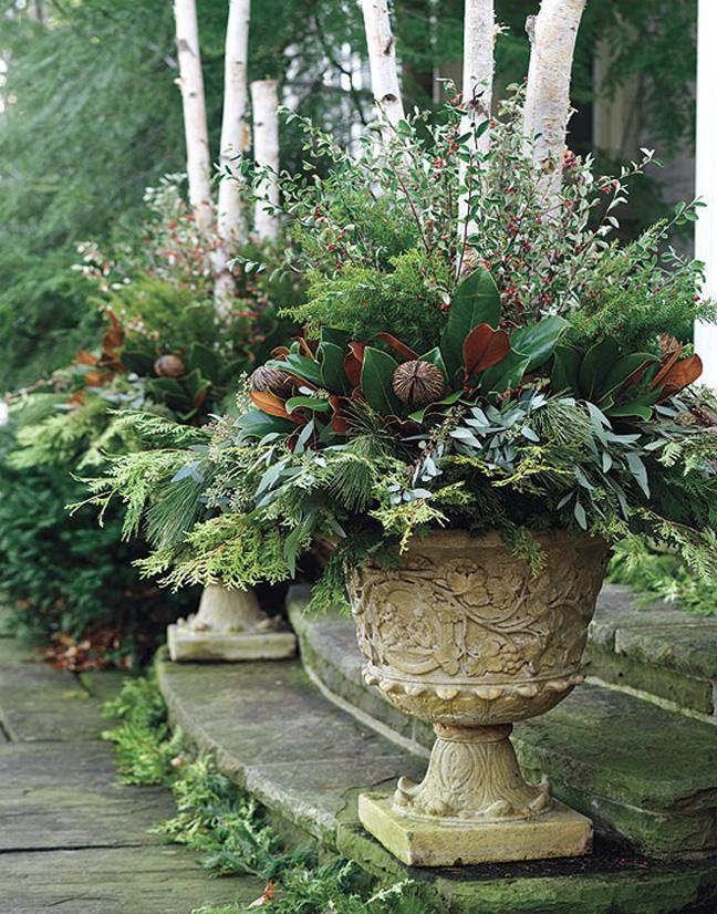 Outdoor Christmas Decorating Pots Ideas 2017 2018 Best