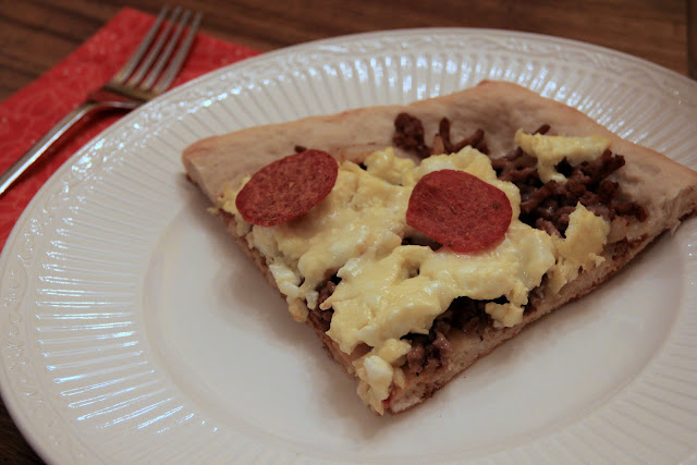 scrambled egg pizza