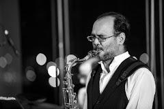 Fiesta Sunset Jazz presenta este viernes 22 de Febrero a partir de las 8:30PM a: