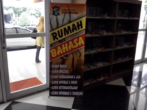 Layanan Rumah Bahasa dan Klinik di Perpustakaan Umum Kota Surabaya