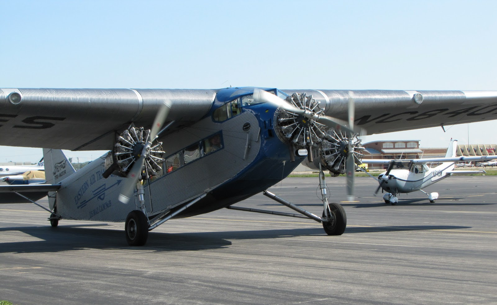 The Aero Experience Eaa 1929 Ford Trimotor Tour Stop In