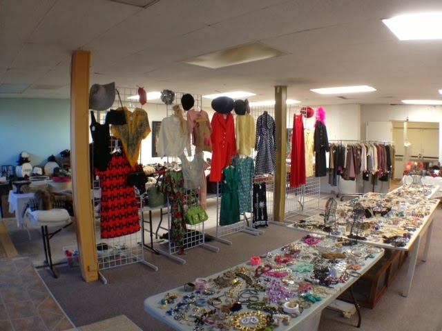 Designer Clothing Warehouse | Estate Sale Warehouse Oceanside Estate Buyers Liquidators