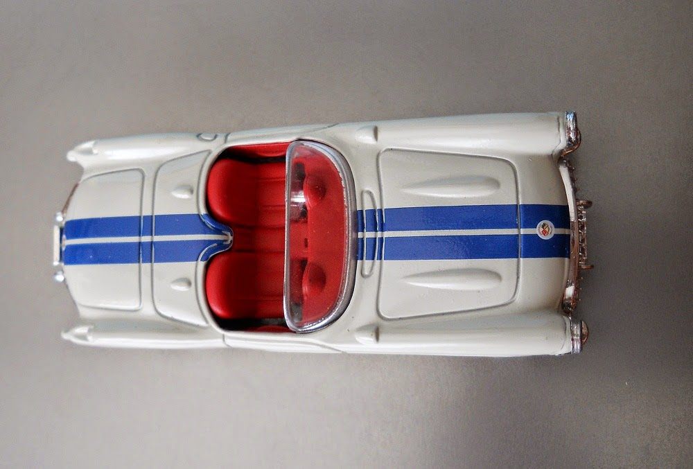 coche miniatura 1/43