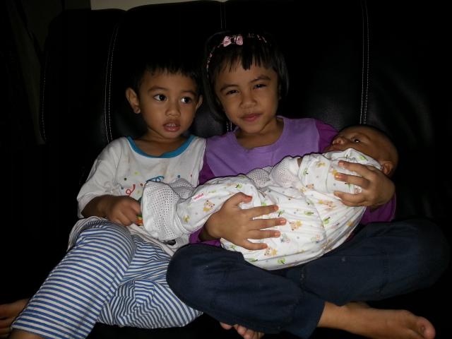 WW41 :: Cinta Hati Ibu; Kakak , Abang dan Adik