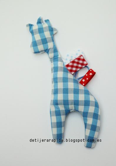 Muñeco de etiquetas para bebes