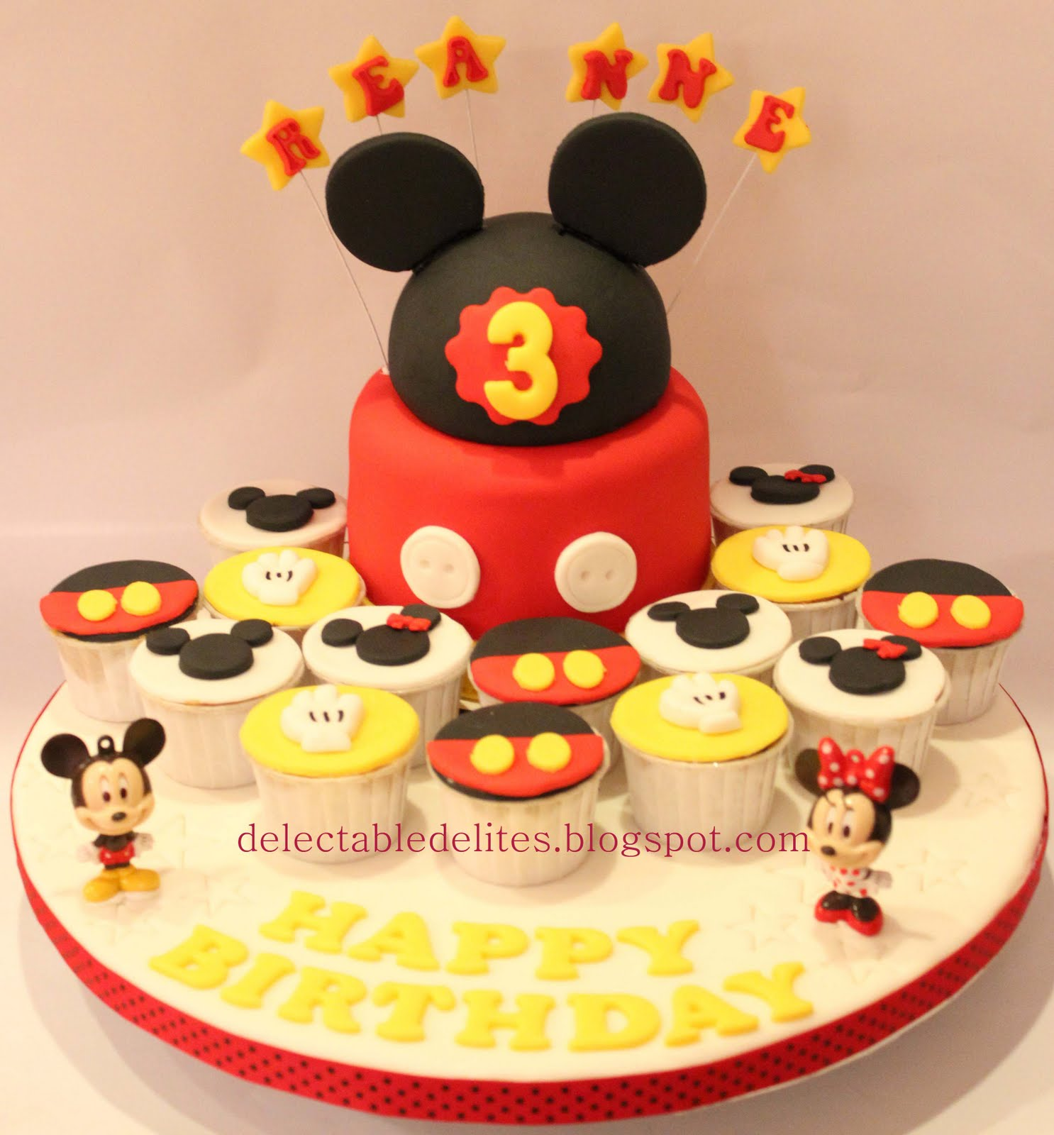 Delectable Delites: Mickey mouse + cupcakes set for Reanne ...