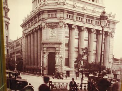 Edificio del Banco Español del Rio de la Plata (actual Instituto ...