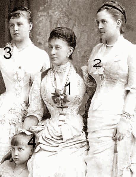 Alexandra Iosifovna de Russie, Olga, Alexandra et Maria de Grèce-Romanov-famille royale de Grèce