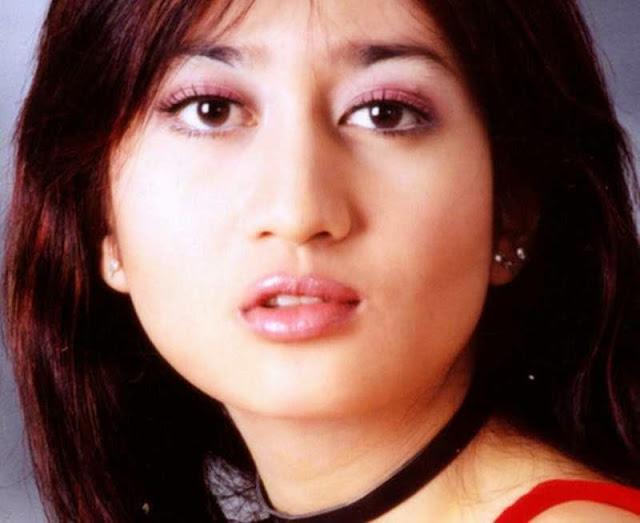Helmalia Putri profile