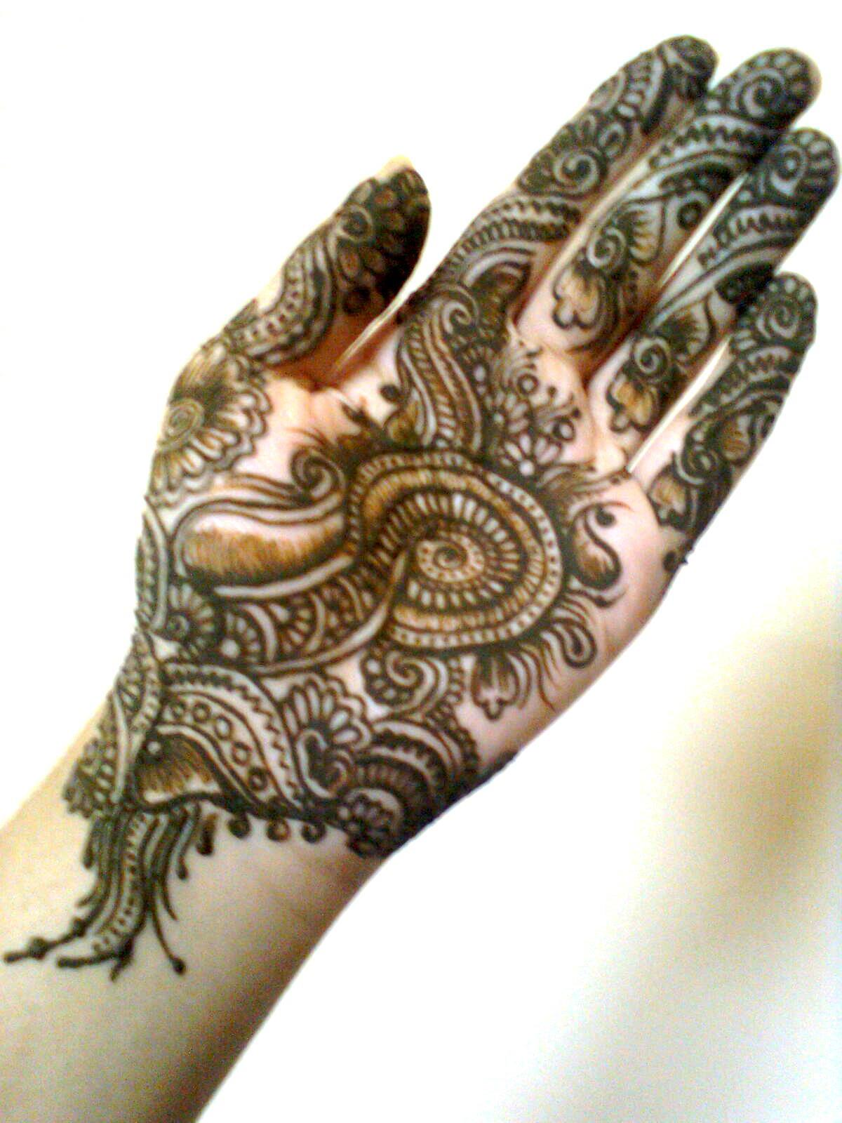 Mehndi For Doctors : Mehndi collection from fshion zoon u fashion