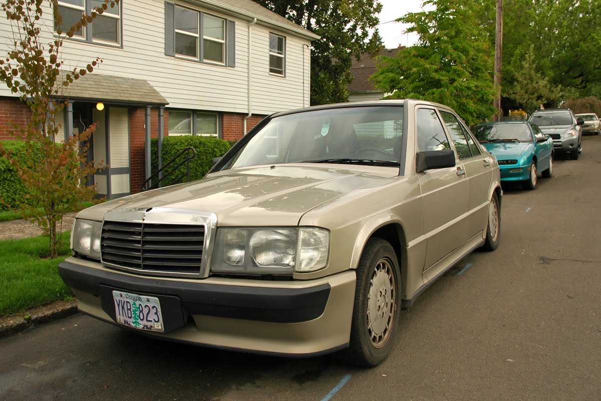 Old parked cars 1986 mercedes benz 190e 2 3 16v cosworth for Mercedes benz 1986