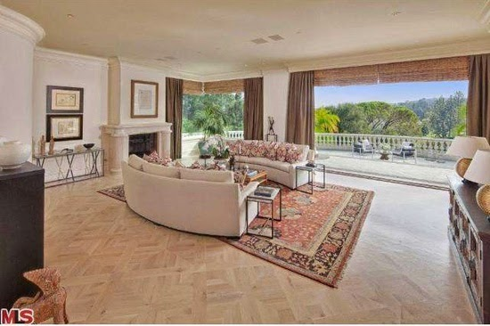 Eileen 39 S Home Design Mansion For Sale In Los Angeles Ca For 18 500 000