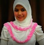 Segitiga Roses RM65.00