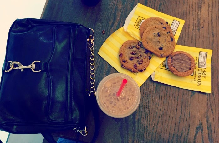 Cookies and coffee for a shopping break in Dallas.