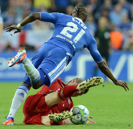 Salomon Kalou sports spider hair for Champions League Final