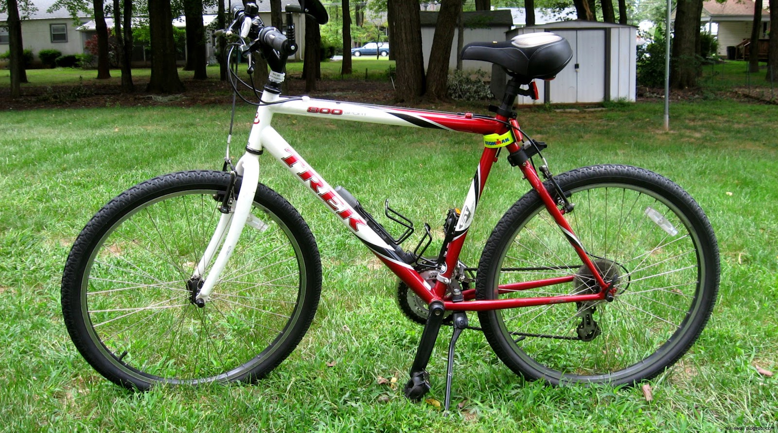 Trek 800 Sport Mountain Bike