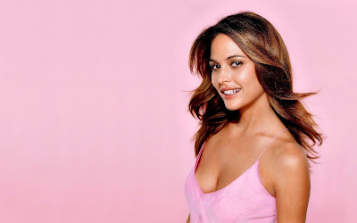 Josie Maran Hot Wallpaper 2013