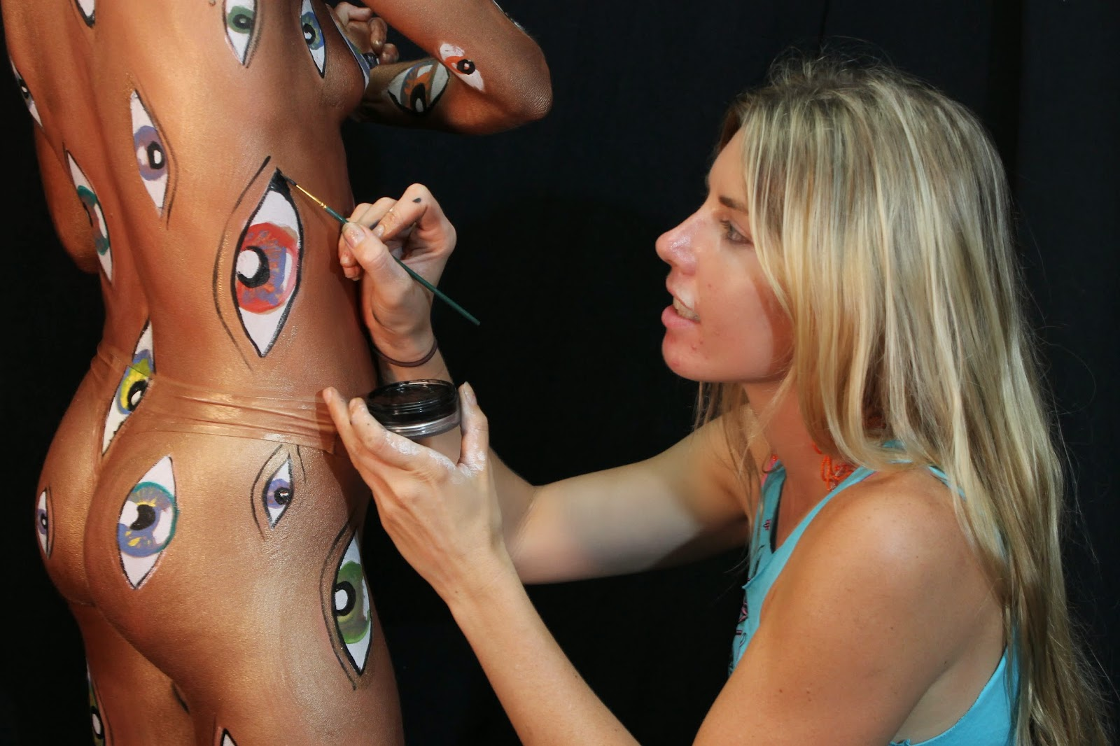 Body Painting Eyes 2014