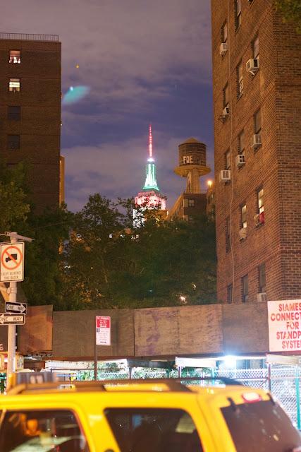 UFO News ~ 8/10/2015 ~ Green UFO Seen Over New York City and MORE UFO%252C%2BUFOs%252C%2Bsighting%252C%2Bsightings%252C%2BJustin%2BBieber%252C%2BMoscow%252C%2Blightning%252C%2Bsun%252C%2Bbeach%252C%2Bphoto%252C%2Bnasa%252C%2Btop%2Bsecret%252C%2BET%252C%2Bsnoopy%252C%2Batlantis%252C%2BW56%252C%2Buredda%252C%2Bscott%2Bc.%2Bwaring%252C%2BBatman%252C%2Borb%252C%2Bball%252C%2B%2BCeres%252C%2Bgarfield%252C%2Bwiz%2Bkhalifa%252C%2Bfathers%2Bday%252C%2Bancient%252C%2BNew%2BYork%252C%2BNY%252C%2B1